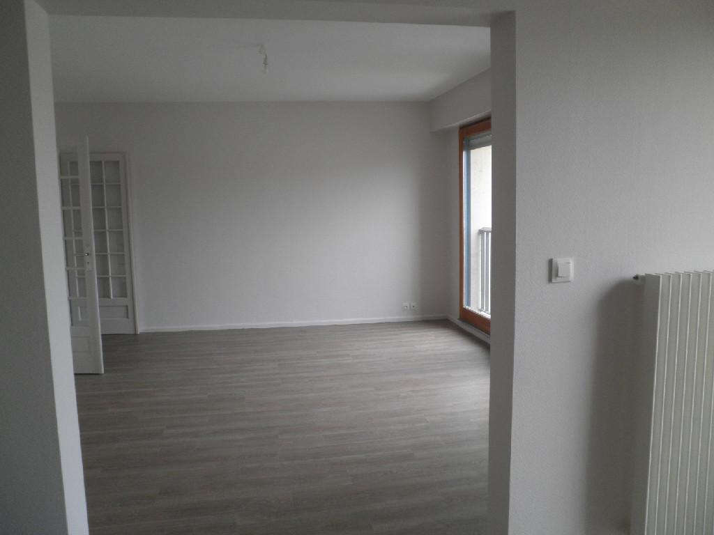 Location louer appartement de 5 pi ces morhange for Agence de location appartement