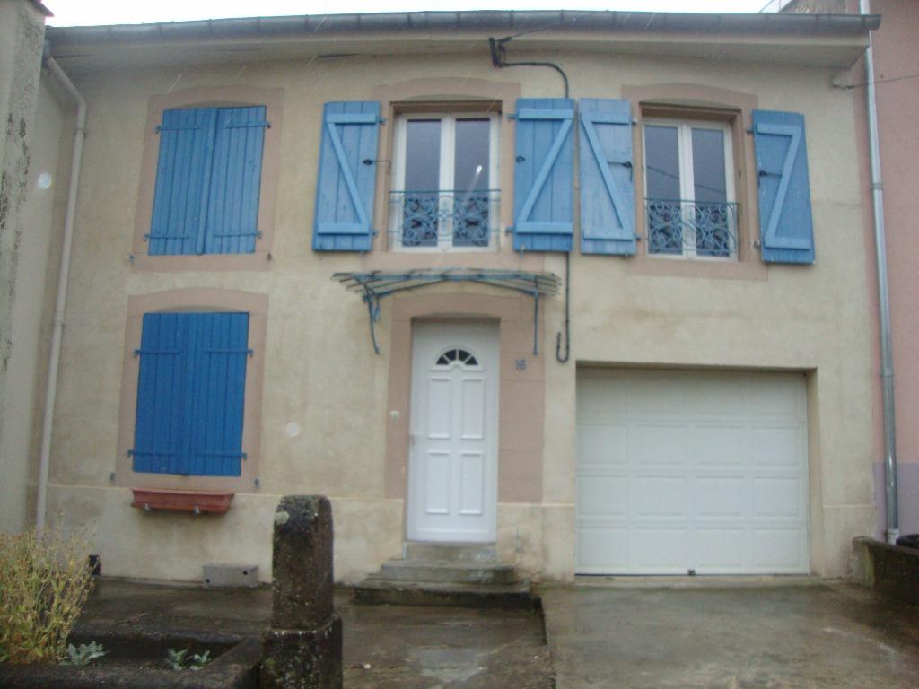 Location louer maison de 6 pi ces rodalbe 57340 for Location garage moselle